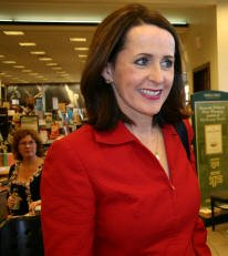 Bestselling Author & 2006 Guest of Honor Carol Higgins Clark